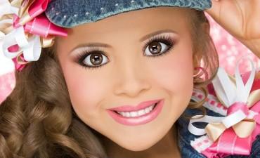 Életmód - A Disney-hercegnők megeszik a kislányokat  - A cég szerint ... 324927398f